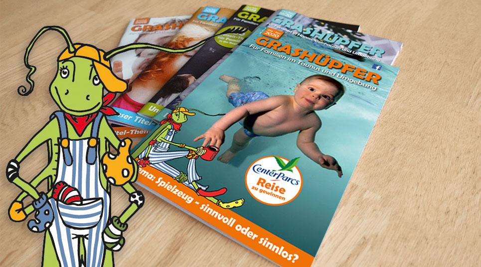 GRASHÜPFER Magazine liegen aufgefächert auf einem Tisch
