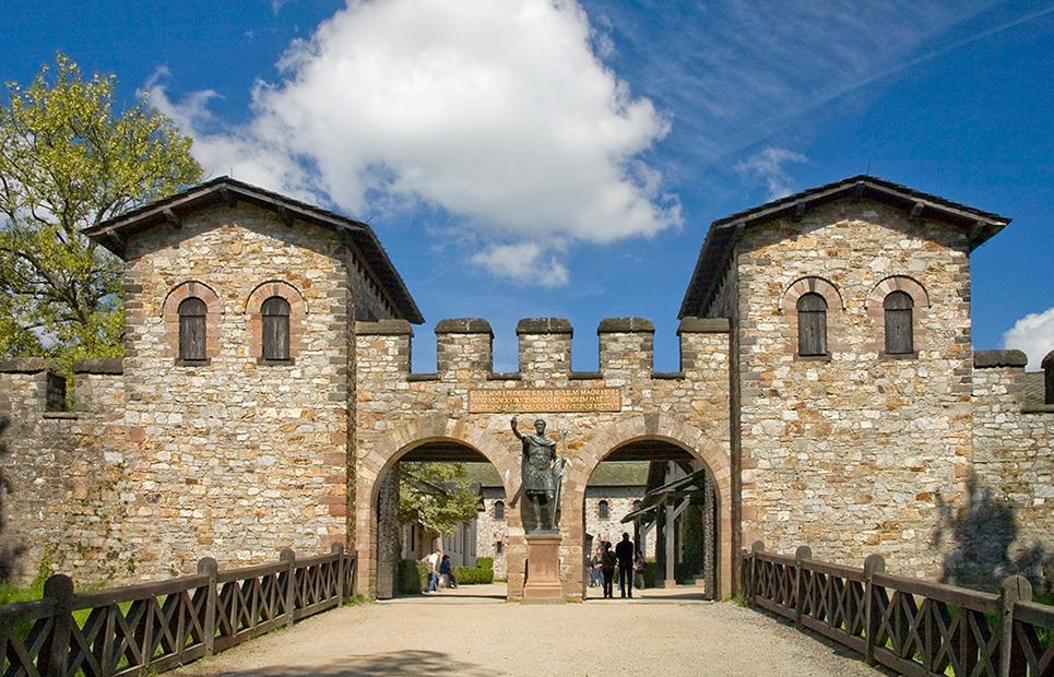 Ansicht auf das Römerkastell Saalburg